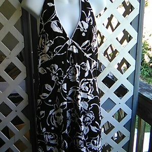 A ladies black n white halter dress Like new